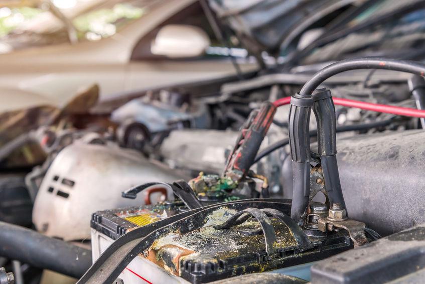 Auto Batterie wechseln kaputt